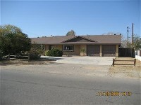 Apple Valley Corner Lot 3-Bedroom