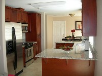 Granite, Maple, Stainless, 4 bedrooms