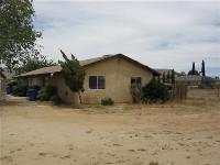 Duplex in Apple Valley, CA