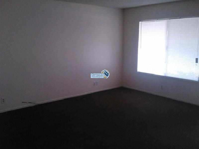 3 bedroom with a large lot 5