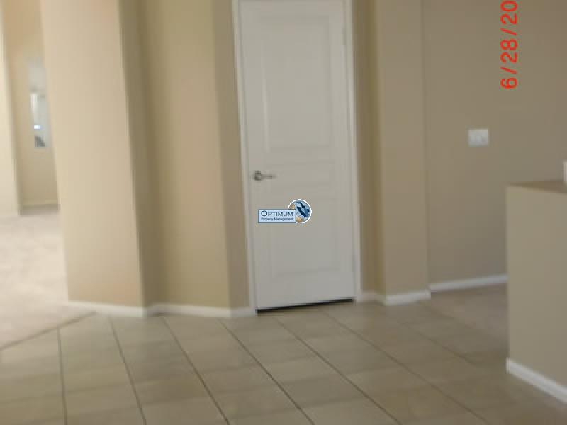 Large North Victorville 4 bedroom 6