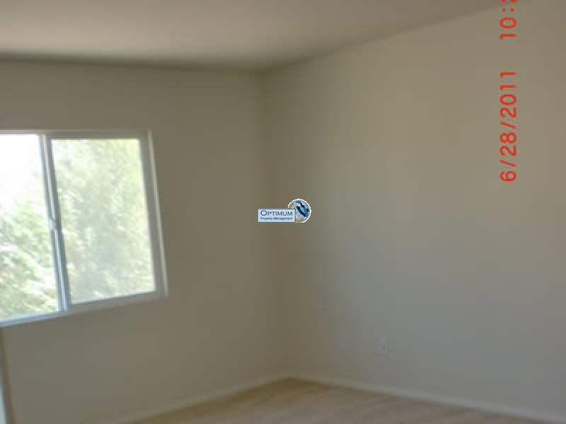 Large North Victorville 4 bedroom 5