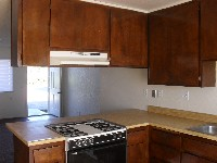 Nice 2 Bedroom Apartment with private yard