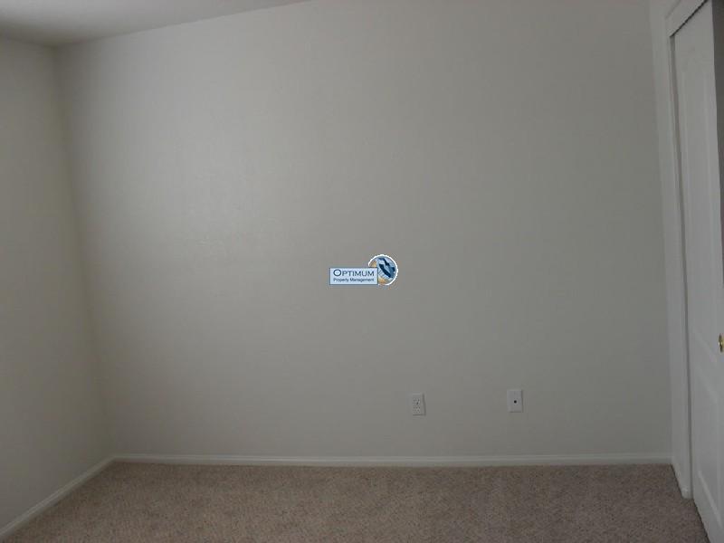 Nice, newer 3-bedroom Hesperia home 5